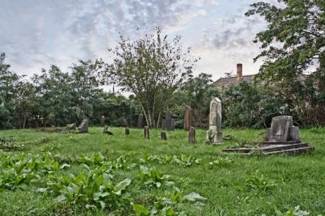 Izraelita temetők: Komárom-Szőny